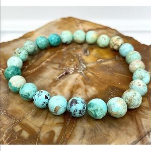 8mm Turquoise natural stretch bead bracelet NEW